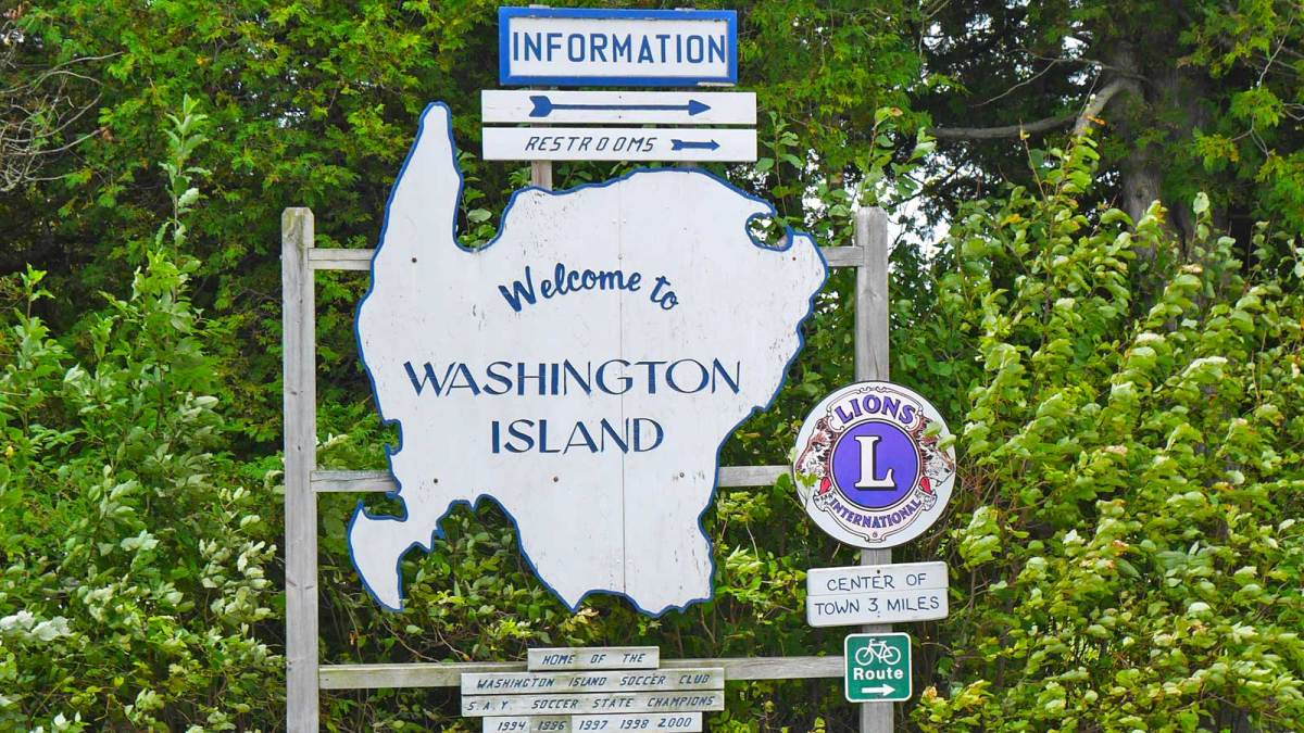 washington-island_welcome-sign