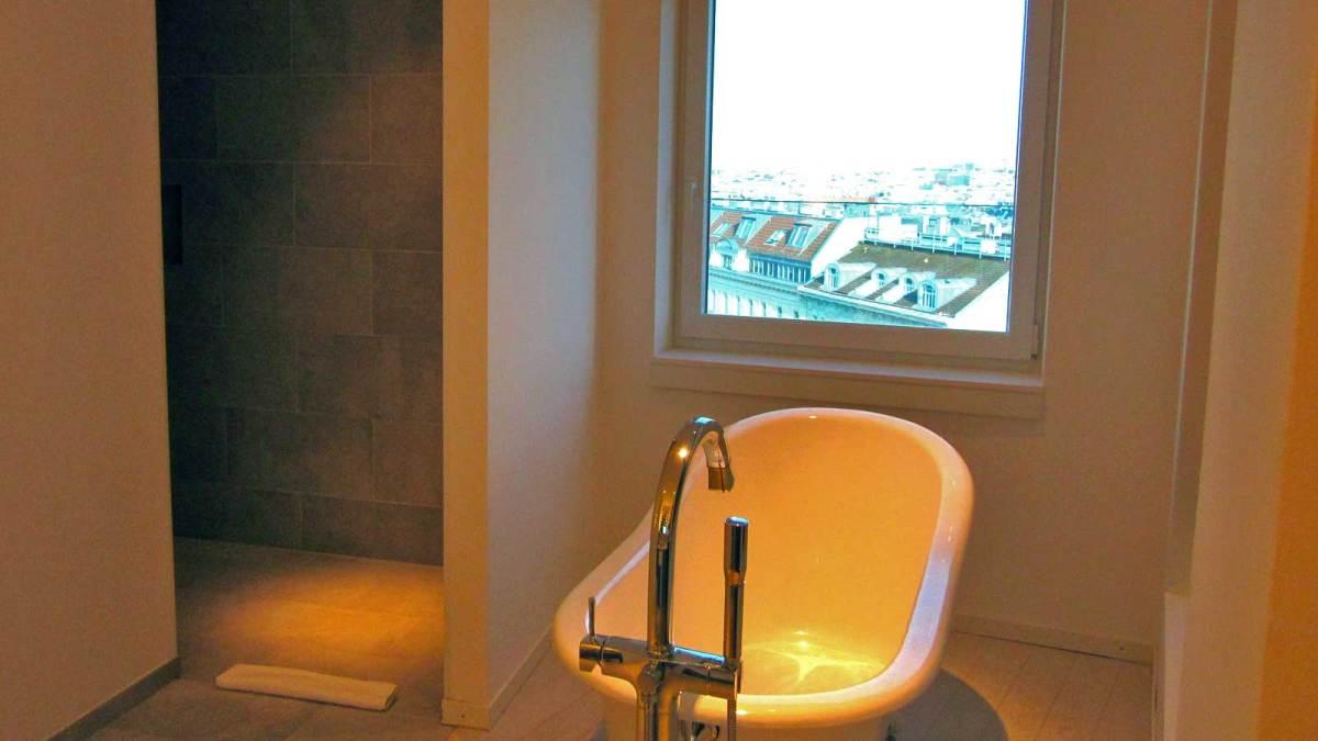 vienna_hotel-ruby-marie-bathroom