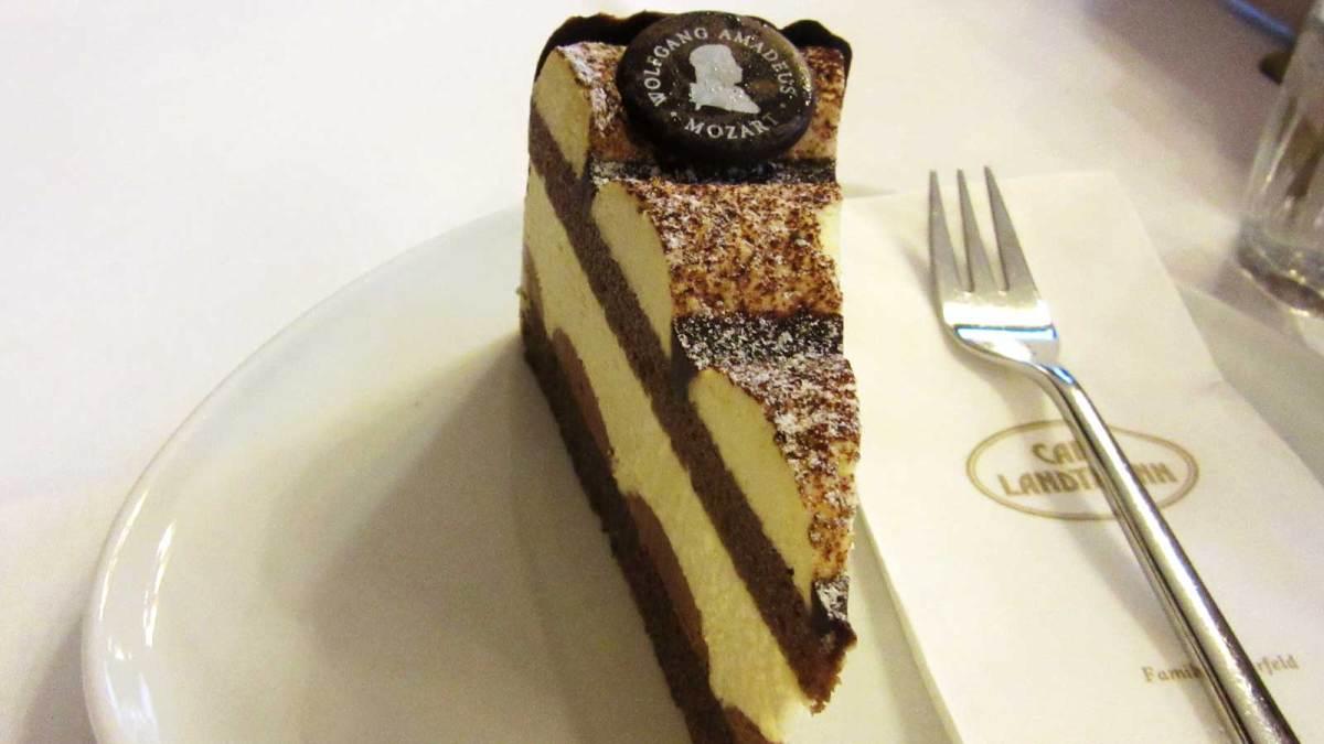 vienna_mozart-cake
