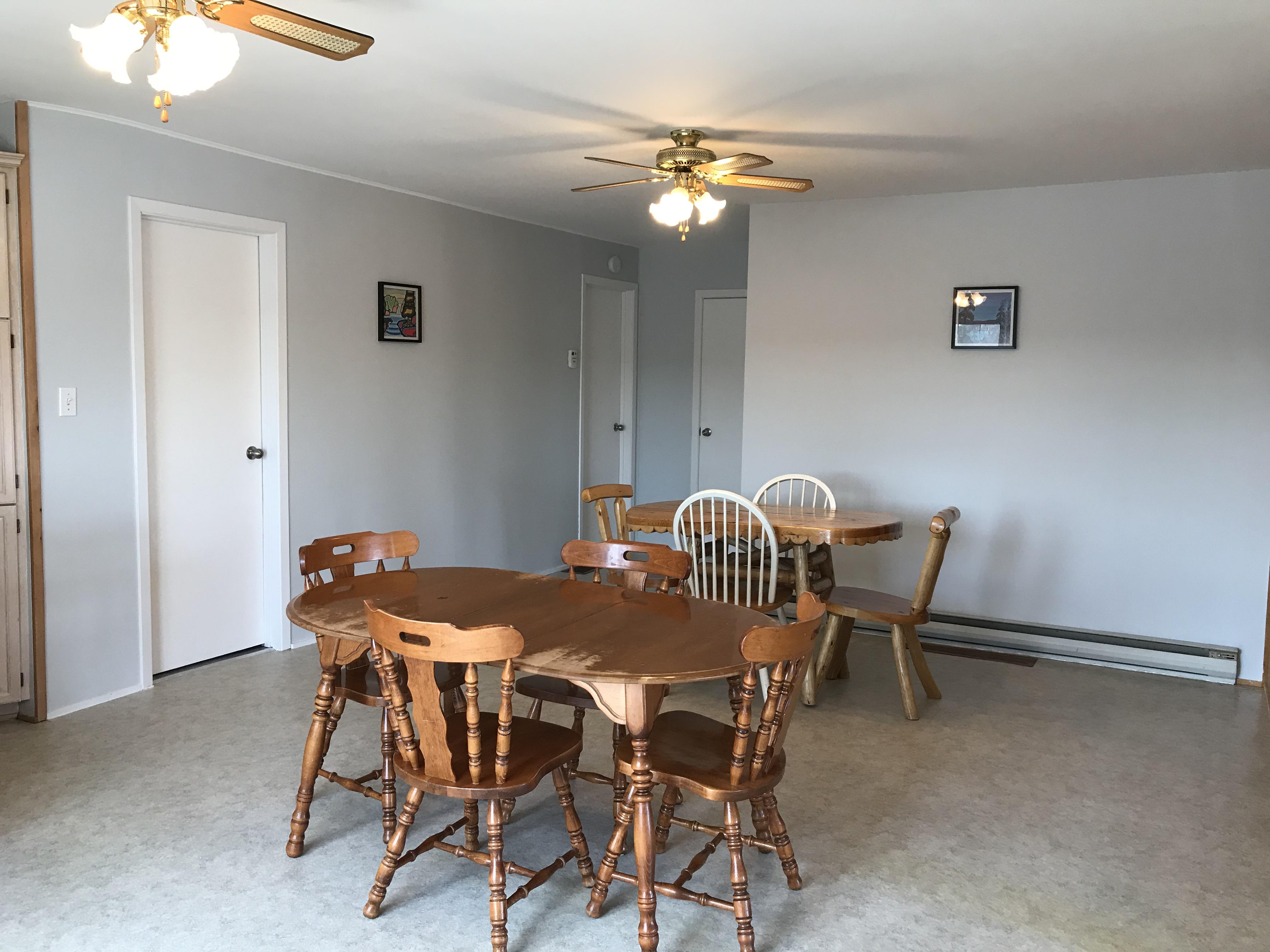 Cabin 6 large dinning room