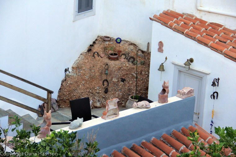 20170919-Hydra_Idra_GeorgiasGetaway_Neighbors