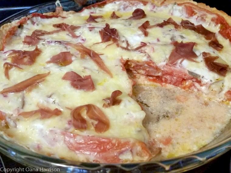 Tomato pie with prosciutto