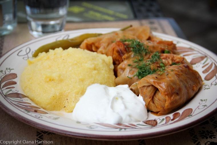 Sarmale romanesti / Stuffed cabbage rolls