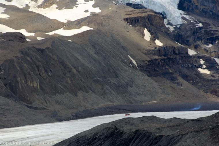 Columbia-Icefield-Canada-glacier