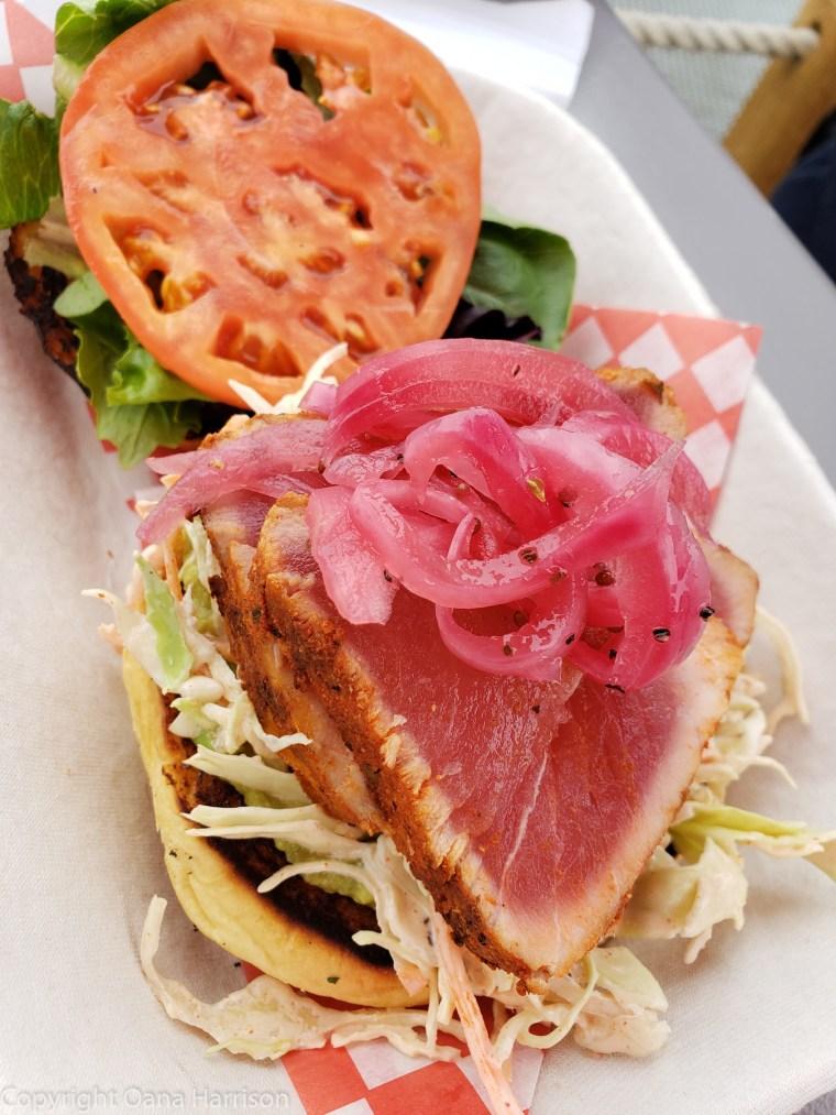 38-Victoria-BC-CA-wharf-ahi-tuna-lunch