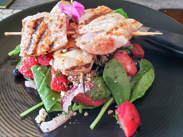 Local-Ocean-Newport-OR-7-fresh-fish-skewer-with-salad