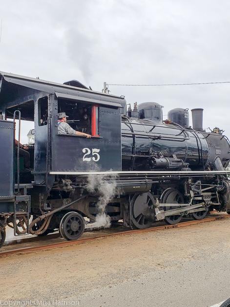 Rockaway-Beach-OR-train