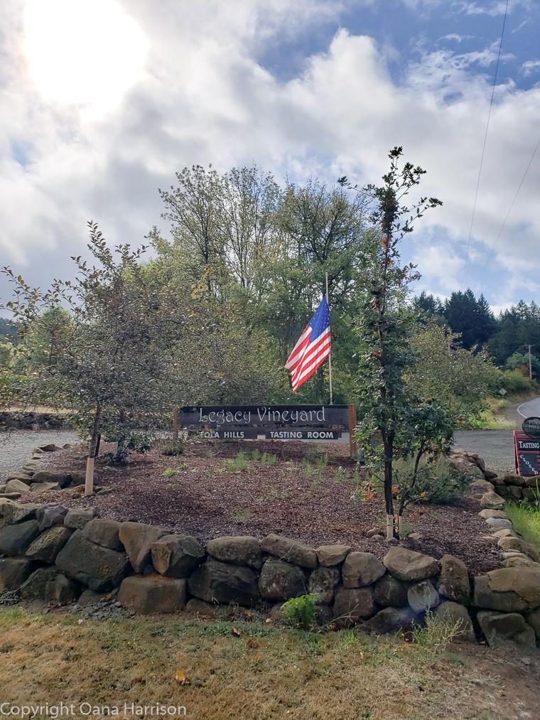 Eola Hills Legacy Winery entrance