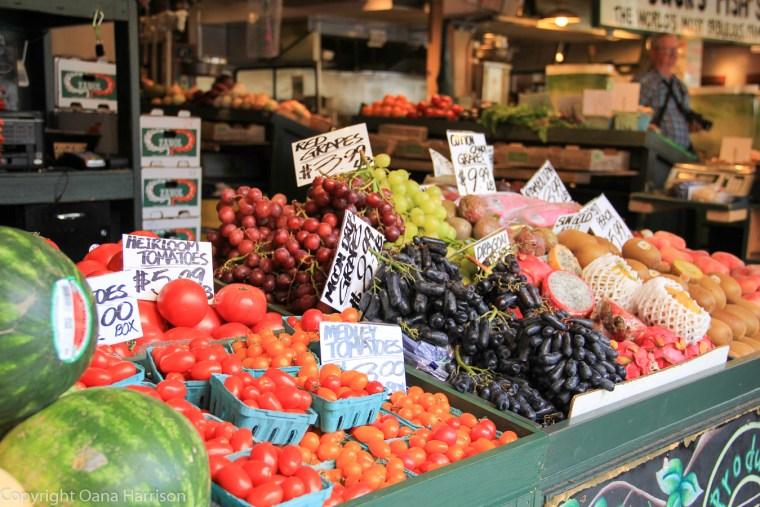 Pike-Place-Market-fruit-and-veggies-stand-Seattle-WA-149