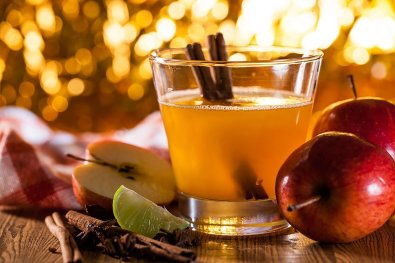 holiday-season-apple-cider