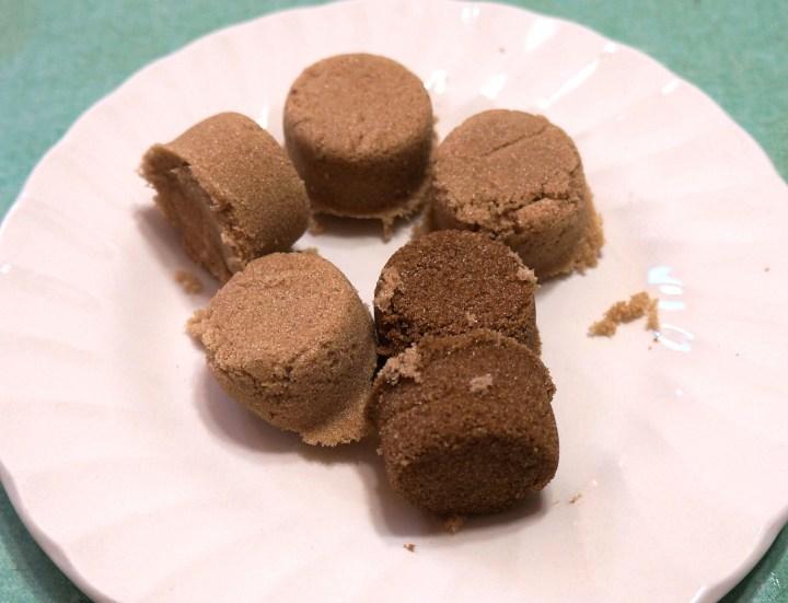 Light and dark brown sugars.
