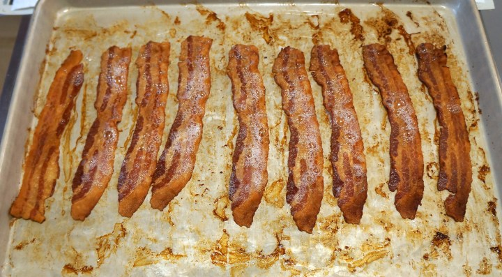 This is what the bacon looks like after about 17 minutes - definitely crispy.