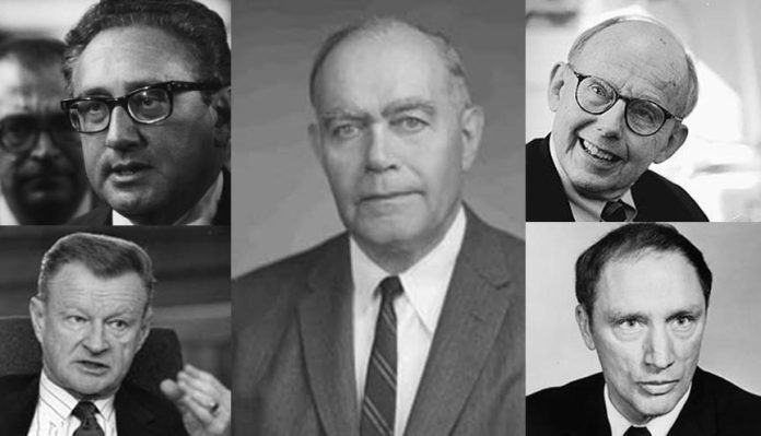 Rhodes Scholar William Yandall Elliot surrounded by a few of his leading disciples: Sir Kissinger, Zbigniew Brzezinski Samuel Huntington and Pierre Trudeau