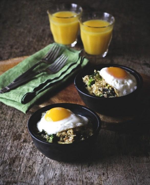 Detox Recipes: Veggie Quinoa Breakfast Bowl
