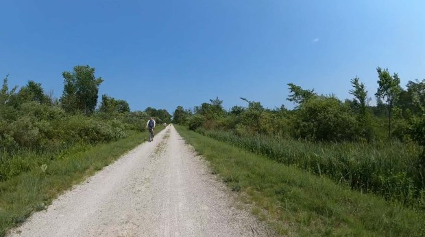Lakelands Trail