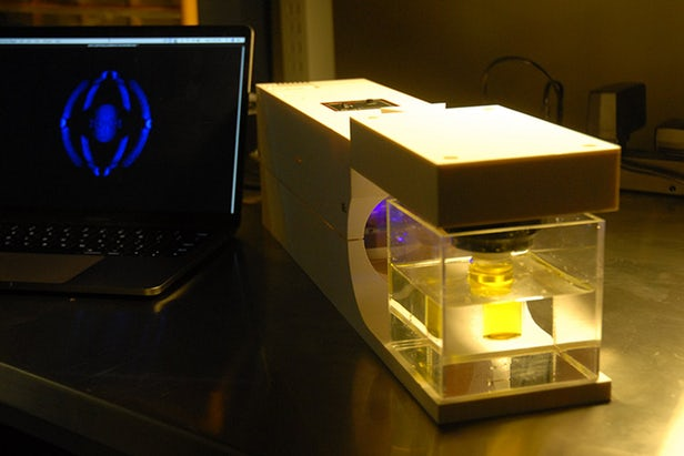 3D Printer Uses Light to Shape Objects, Transform Product Design