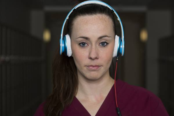 Bachelor of Media Arts – Commercial Music-Waikato Institute of Technology(WINTEC)-a-lady-with-headphones-optimized-f
