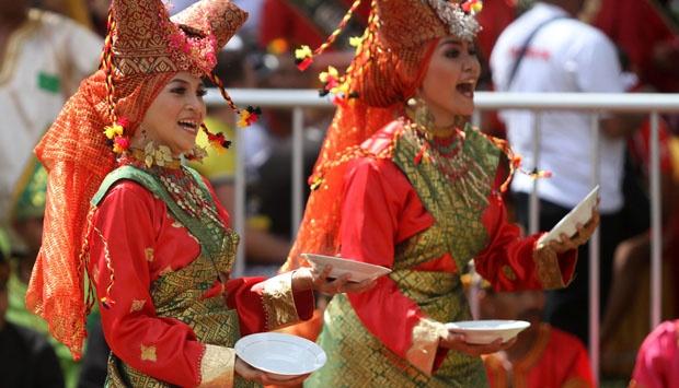 plate dance minangkabau