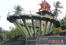 monumen ttrisula tempat wisata sejarah blitar