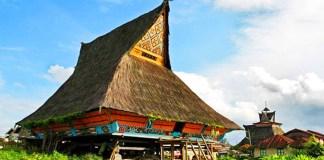 rumah adat karo sumatera utara