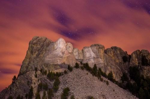 Visit Mount Rushmore Hero