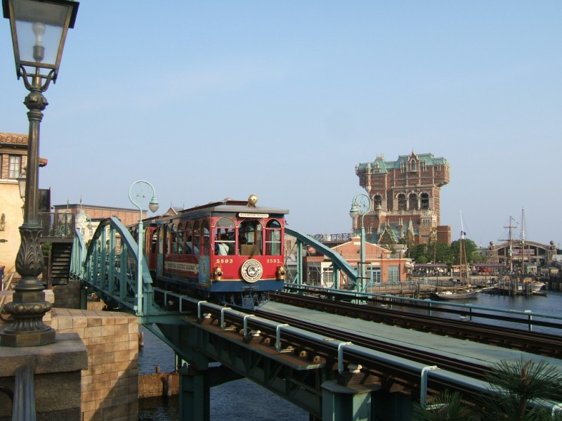 disney_sea_streetcar.jpg