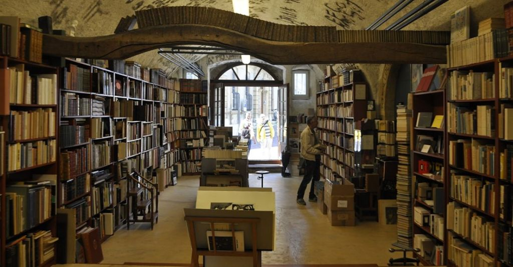 How to Get Your Book into Bookshops