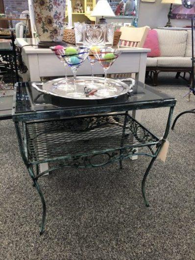2 tier outdoor table $55