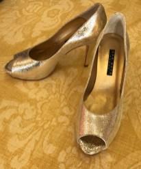 $100 Sz 8 Ann Roth Champagne Heels