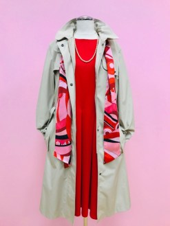 $295 Sz 10 Burberry trench coat