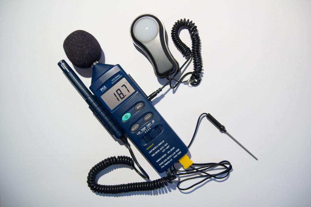 Recensione PCE-EM882, luxmetro multifunzionale ambientale 4 in 1