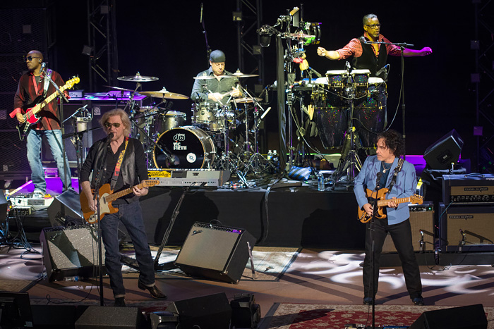 Hall and Oates - Red Rocks 2016