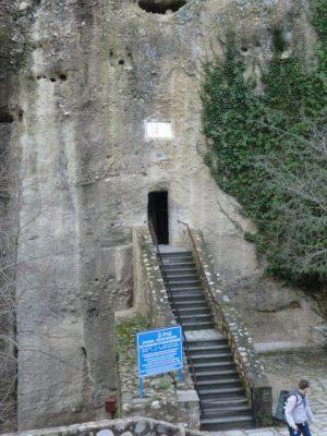 メガロ・メテオロン修道院