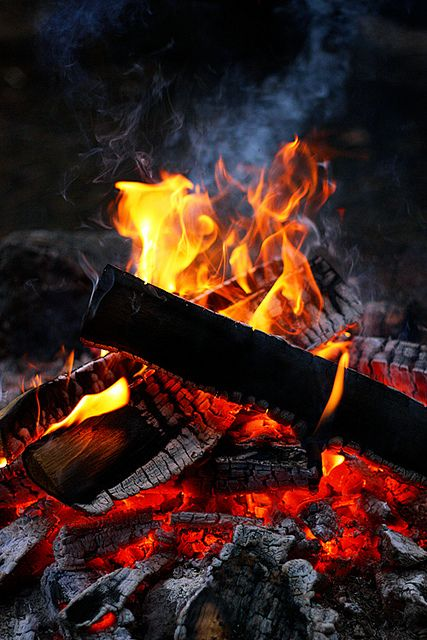 Burning wood – the marriage of fire Greek Christmas custom Photo by szefi on flickr