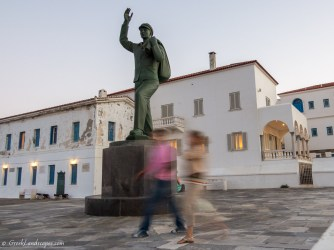 the bronze statue dedicated to the unknown sailor in Andros island