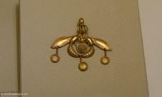 Bee pendant from Malia, Crete