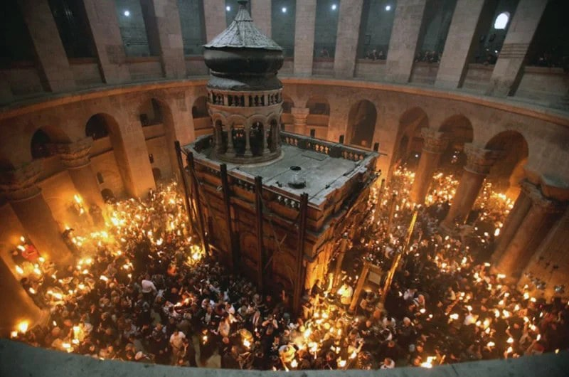 holy light to arrive in greece in