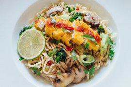 Recipe Asian Crunchy Vegan Chicken Noodles