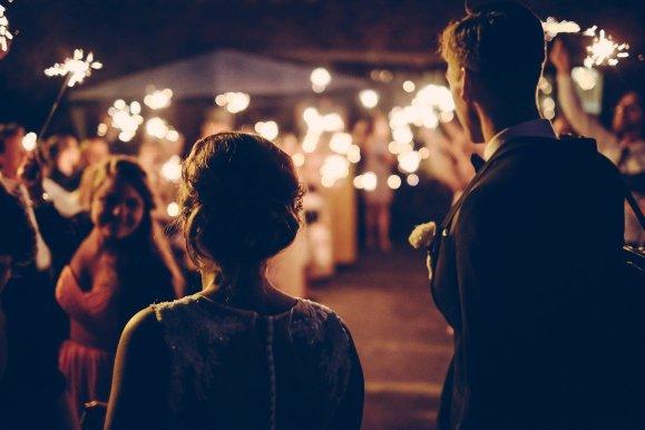 auf der Feier die richtigen Worte zur Hochzeit finden