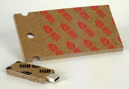 usb-stick cardboard concept colin garceau-tremblay