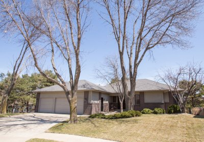 4604 S. Deerfield Circle Sioux Falls, SD 57105