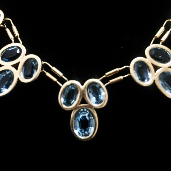 Georgous 18k gold and blue topaz necklace - Green Acres Antiques Marietta OH