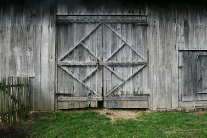 Using old barn doors for your home. #DIY #Remodeling #Home