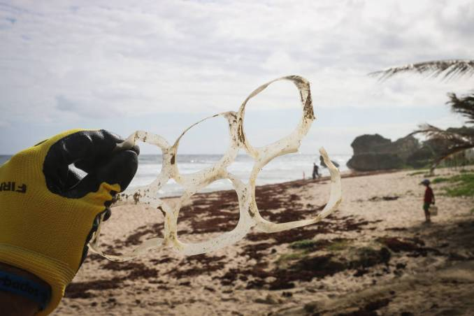 6-pack plastic rings on the beach
