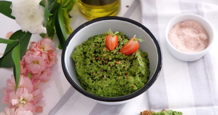 Spinach and broccoli hummus