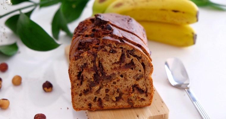 Pan de plátano con frutos secos y cúrcuma