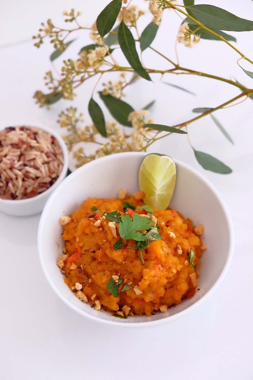 Red lentils with coconut milk and rice