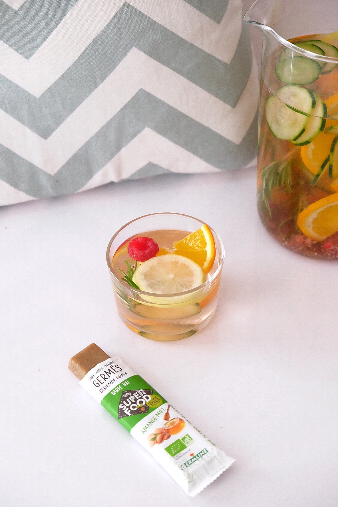 Flavored detox water