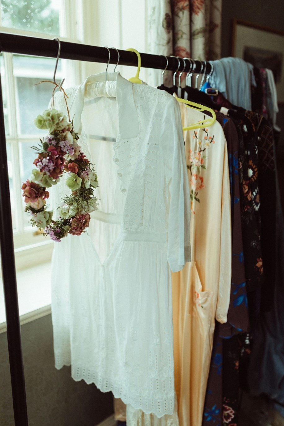 wedding details at bride's home in New Forest