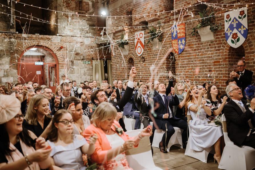 confetti poppers wedding confetti ideas